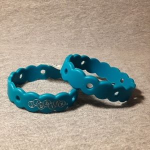 (2) Crocs vintage KIDS Jibbitz bracelets